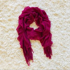 Knit Scarf with Fringe • Pink